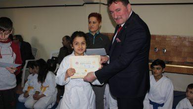 Photo of Karatecilere Başkan Gündoğdu'dan ödül