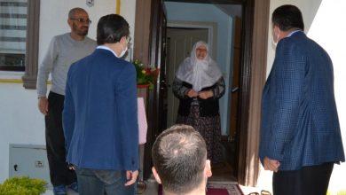 Photo of Kaymakam ve başkandan anneler günü ziyareti